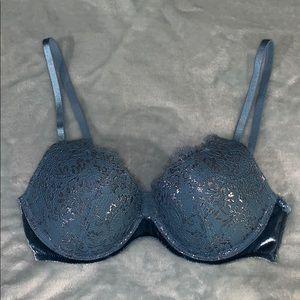 Victoria's Secret Very Sexy Push Up Bra Size 32C
